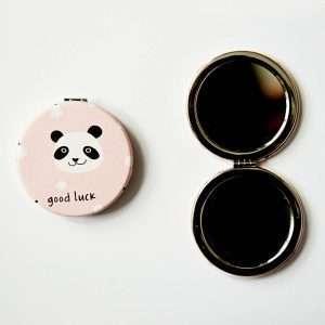 Зеркало складное (розовое, панда)