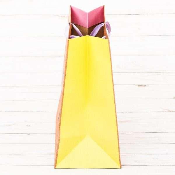 Пакет вертикальный крафт «Несу радость»