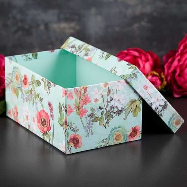 """Подарочная коробка """"Цветы"""" (24 х 17 х 12,5 см)"""