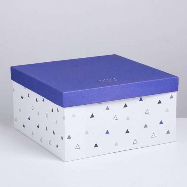 Подарочная коробка «Универсальная» (28.2*28.2*15 см)