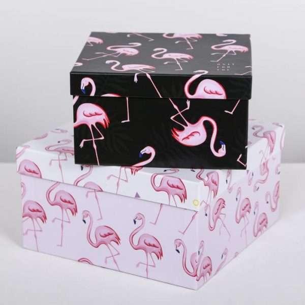 Подарочная коробка «Фламинго» (22*22*12)